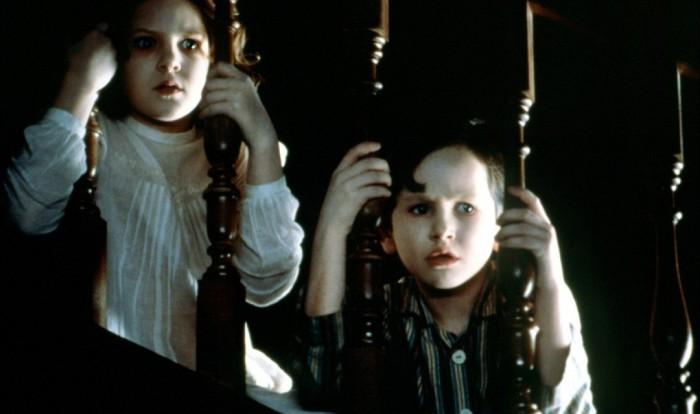 6 фильмов про дома с привидениями