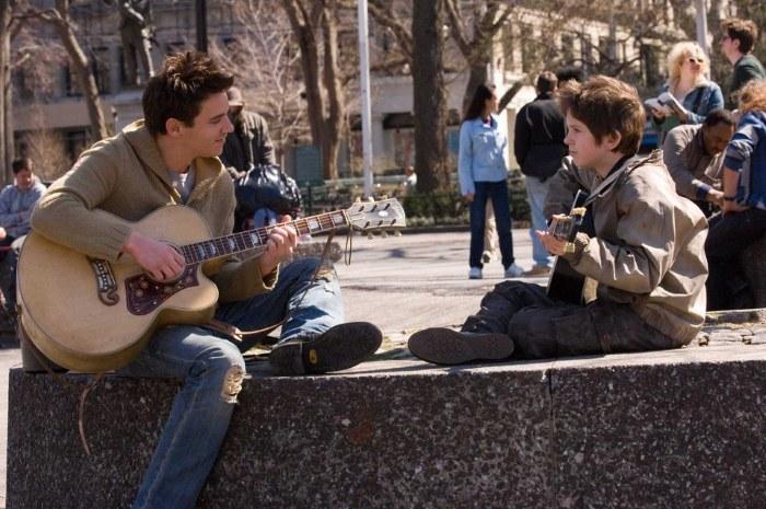10  фильмов,  которые не оставят никого равнодушным