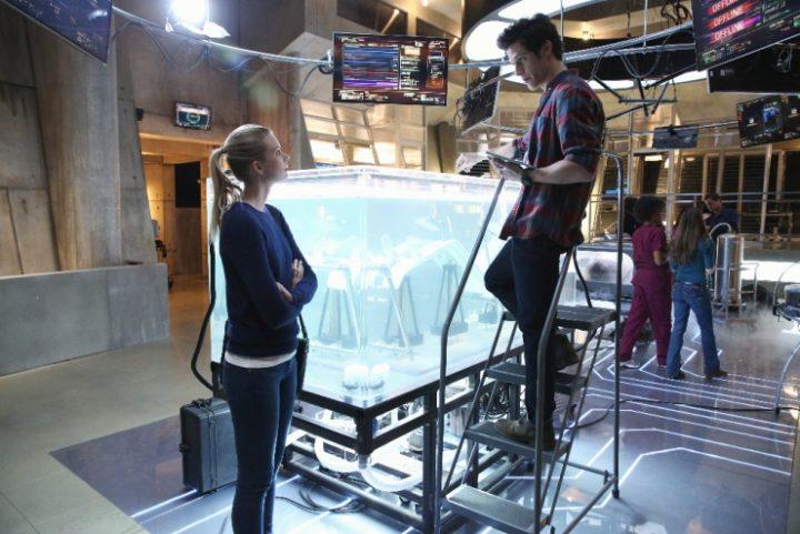 12 научно-фантастических сериалов